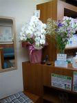 受付のお花.JPG