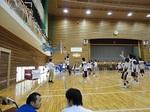 西高男子の試合前アップ.JPG